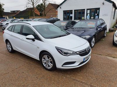 Vauxhall Astra Estate 1.6 CDTi Tech Line Sports Tourer 5dr