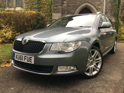SKODA Superb Estate 1.8 TSI Elegance 5dr