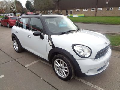 MINI Countryman Hatchback 1.6 Cooper D Business Edition (Chili) 5dr