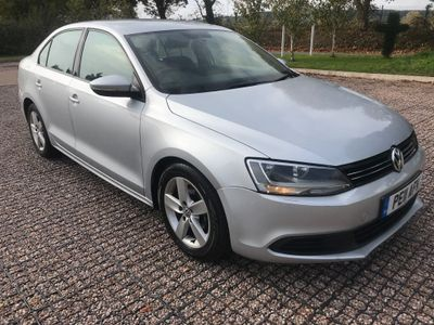 Volkswagen Jetta Saloon 1.6 TDI BlueMotion Tech SE 4dr