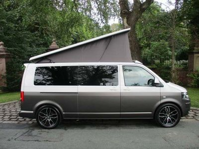 VOLKSWAGEN CAMPERVAN Unlisted {Edition unlisted}