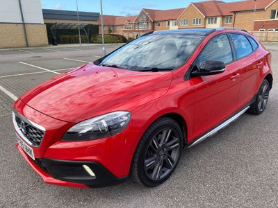 Volvo V40 Cross Country Hatchback 2.0 T5 Lux Nav Cross Country Geartronic AWD (s/s) 5dr