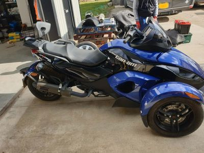 Can-Am Spyder Unlisted
