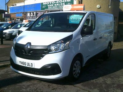 RENAULT TRAFIC Panel Van 1.6 dCi Energy SL27 Business+ Low Roof Van 5dr