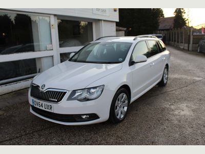 SKODA Superb Estate 1.6 TDI GreenLine III S 5dr