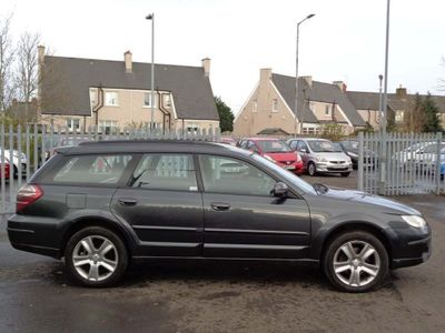 Subaru Outback Estate 2.0 D R 5dr