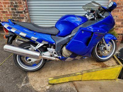 Honda CBR1100XX Super Blackbird Sports Tourer 1100 XX-X Super Blackbird