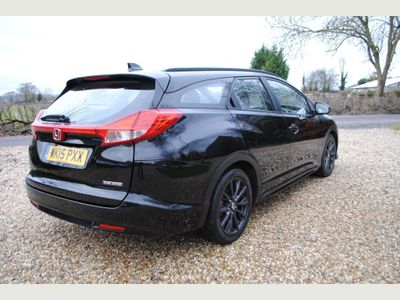 Honda Civic Estate 1.6 i-DTEC Black Edition Tourer 5dr