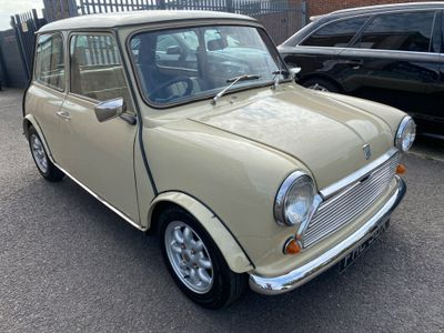 Austin Mini Saloon 1.0 HL 2dr