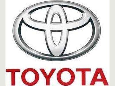 Toyota Hilux Pickup 2.4 D-4D Invincible X Double Cab Pickup 4WD EU6 4dr (TSS)