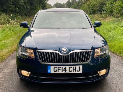SKODA Superb Hatchback 2.0 TDI SE DSG 5dr