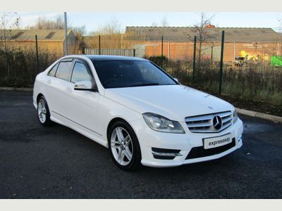 Mercedes-Benz C Class Saloon 2.1 C220 CDI BlueEFFICIENCY AMG Sport 7G-Tronic Plus 4dr (Map Pilot)