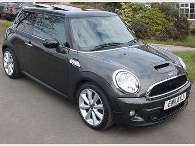 MINI Hatch Hatchback 2.0 Cooper SD (Chili) 3dr