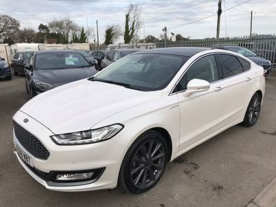 Ford Mondeo Hatchback 2.0 TDCi Duratorq Vignale (s/s) 5dr