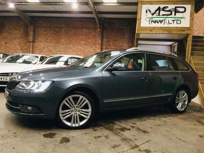 SKODA Superb Estate 2.0 TDI Elegance DSG 5dr