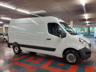 Renault Master Panel Van 2.3 dCi ENERGY 35 Business FWD MWB Medium Roof EU5 (s/s) 5dr