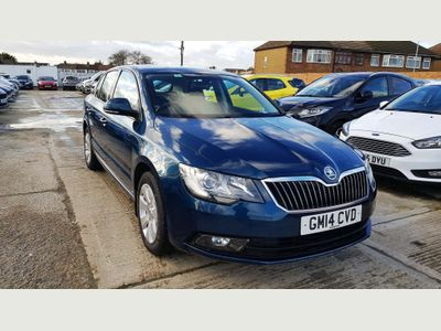 SKODA Superb Hatchback 1.4 TSI S 5dr