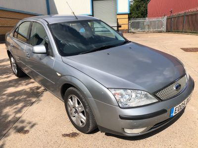 Ford Mondeo Hatchback 1.8 SCi Ghia 5dr