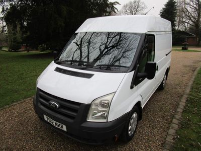 Ford Transit Panel Van 2.2 TDCi 260 Medium Roof Van S 3dr (EU5, SWB)
