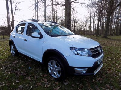 Dacia Sandero Stepway Hatchback 0.9 TCe Ambiance Stepway 5dr