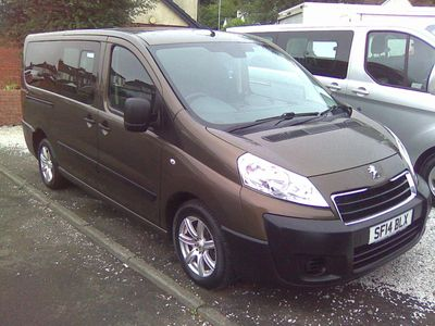 Peugeot Expert Tepee Combi Van 2.0 HDi L2 Tepee Comfort Combi 5/6 Seater 4dr