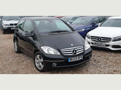 Mercedes-Benz A Class Hatchback 1.5 A150 BlueEFFICIENCY Avantgarde SE 3dr