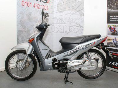 Honda Innova ANF 125 Scooter 125