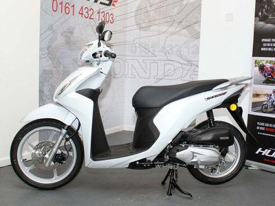 Honda Vision Scooter 110 Vision