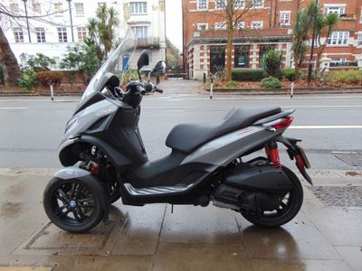 Piaggio MP3 Three Wheeler 300 300 Sport HPE