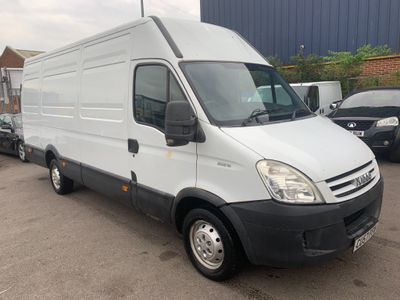 Iveco Daily Panel Van 2.3 TD 35S12 LWB High Roof 4dr