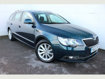 SKODA Superb Estate 1.6 TDI GreenLine III SE 5dr