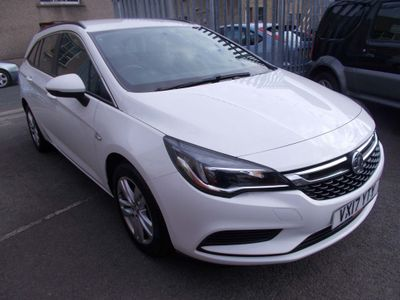 Vauxhall Astra Estate 1.6 CDTi Tech Line Sports Tourer (s/s) 5dr