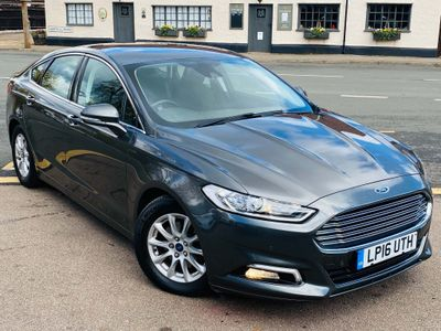 Ford Mondeo Hatchback 1.5 TDCi ECOnetic Titanium (s/s) 5dr