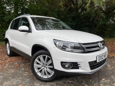 Volkswagen Tiguan SUV 2.0 TDI BlueMotion Tech Sport 4WD (s/s) 5dr
