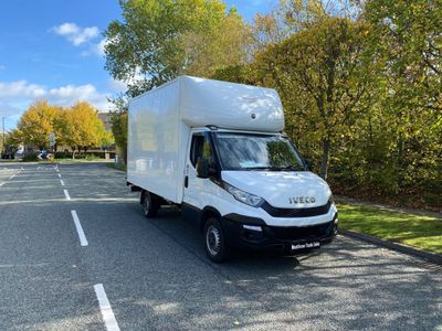 Iveco Daily Luton 2.3 TD 13V 35S 3000 RWD 2dr