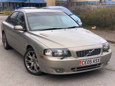 Volvo XC70 Estate 2.4 D5 SE AWD 5dr