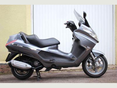 Piaggio X8 Scooter 250 Premium
