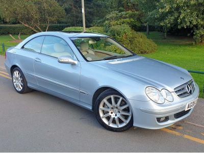 Mercedes-Benz CLK Coupe 3.5 CLK350 Elegance 7G-Tronic 2dr