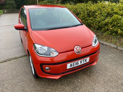 Volkswagen up! Hatchback 1.0 High up! 5dr