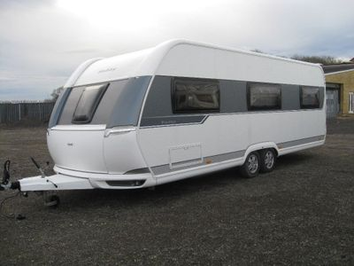 Hobby 650 UMFE PRESTIGE Tourer 2016 5 BERTH FIXED BED