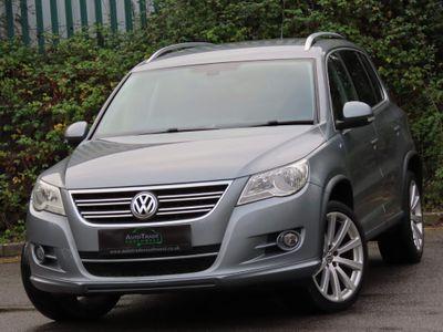 Volkswagen Tiguan SUV 2.0 TDI R-Line 4WD 5dr