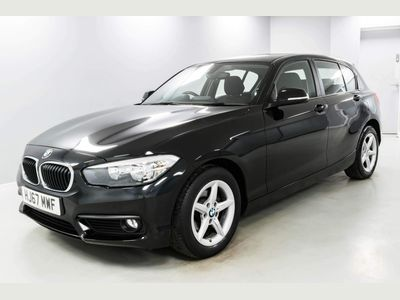BMW 1 Series Hatchback 1.5 118i SE Sports Hatch (s/s) 5dr