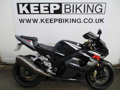 SUZUKI GSXR1000 Super Sports 1000