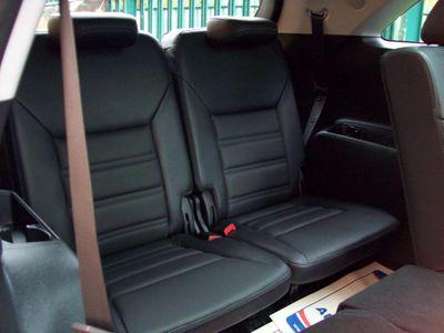 Kia Sorento SUV 2.2 CRDi KX-4 Auto AWD 5dr