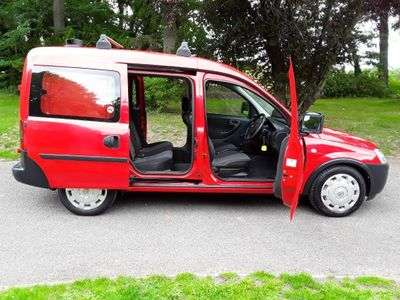 Vauxhall Combo Car Derived Van Crew 2000 cdti