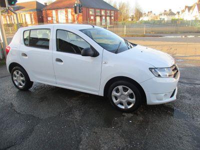 Dacia Sandero Hatchback 1.2 16v Ambiance 5dr