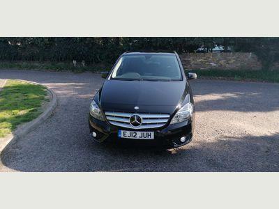 Mercedes-Benz B Class Hatchback 1.8 B180 CDI BlueEFFICIENCY SE (s/s) 5dr