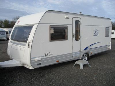 Burstner S 500 TS Tourer 2010 4 BERTH FIXED BED