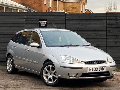 Ford Focus Hatchback 2.0 i 16v Ghia 5dr