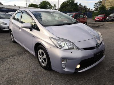 Toyota Prius Hatchback 1.8 VVT-h T3 CVT 5dr (Leather)